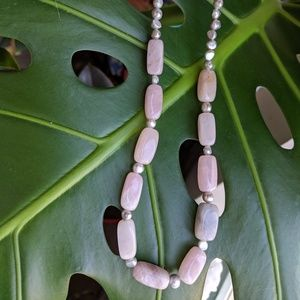 Jewelry - Rose quartz and silver beaded necklace